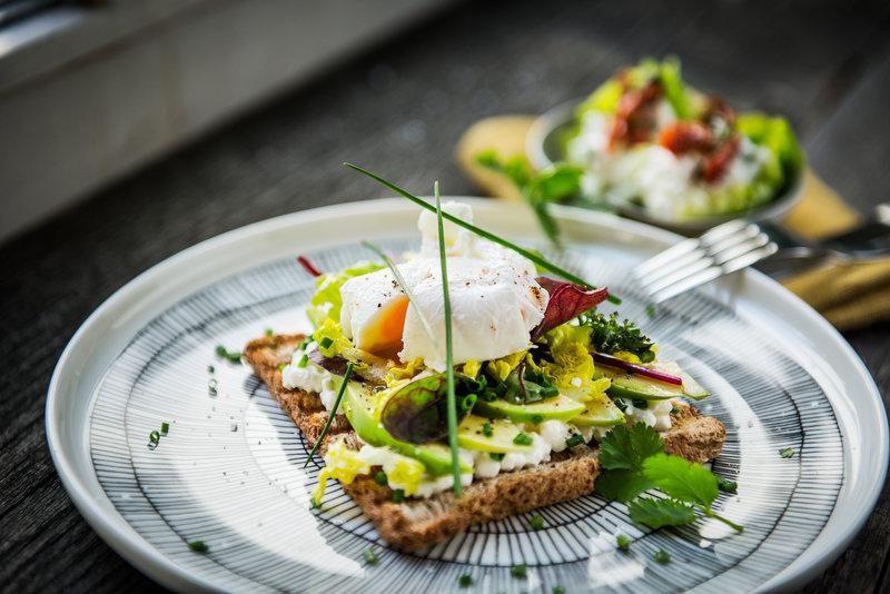 Hábitos alimenticios saludables; rompiendo los 3 mitos más grandes sobre el desayuno