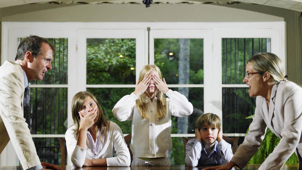 Familia con signos de falta de sueño
